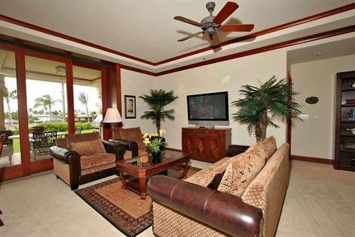 sofa property living room condominium Villa home cottage Resort flat leather Suite rug