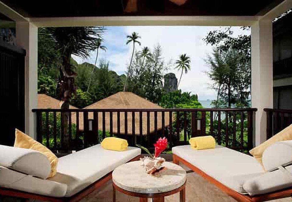 tree sofa property living room condominium home Villa Resort cottage Suite mansion