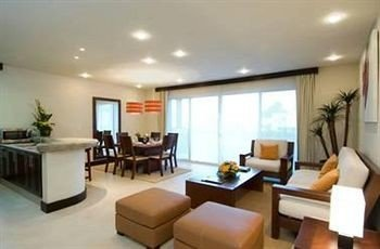 condominium property living room Suite Villa Resort