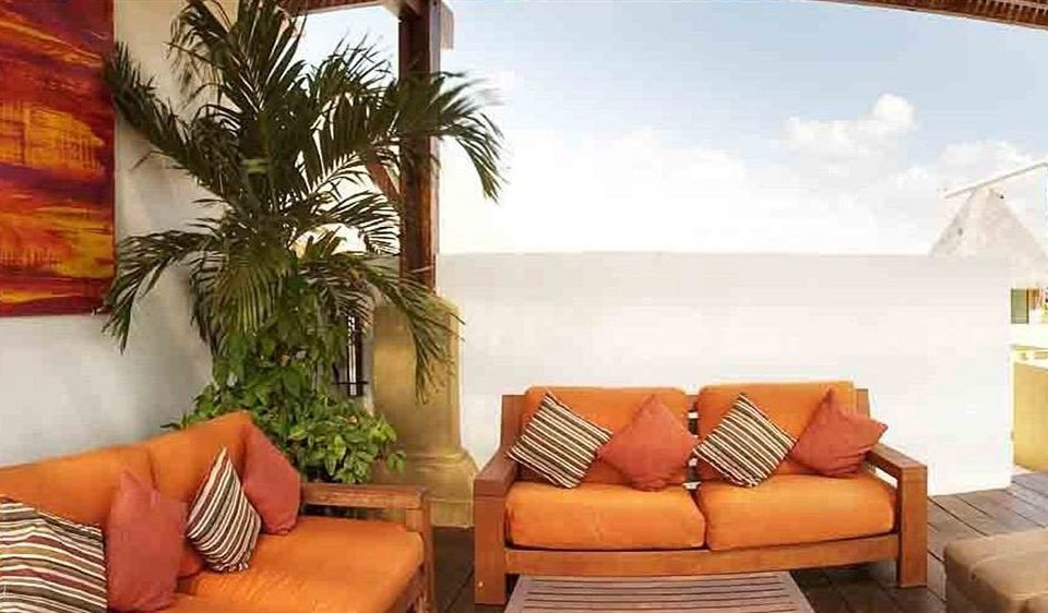 sofa property condominium home Villa living room Resort cottage Suite hacienda leather