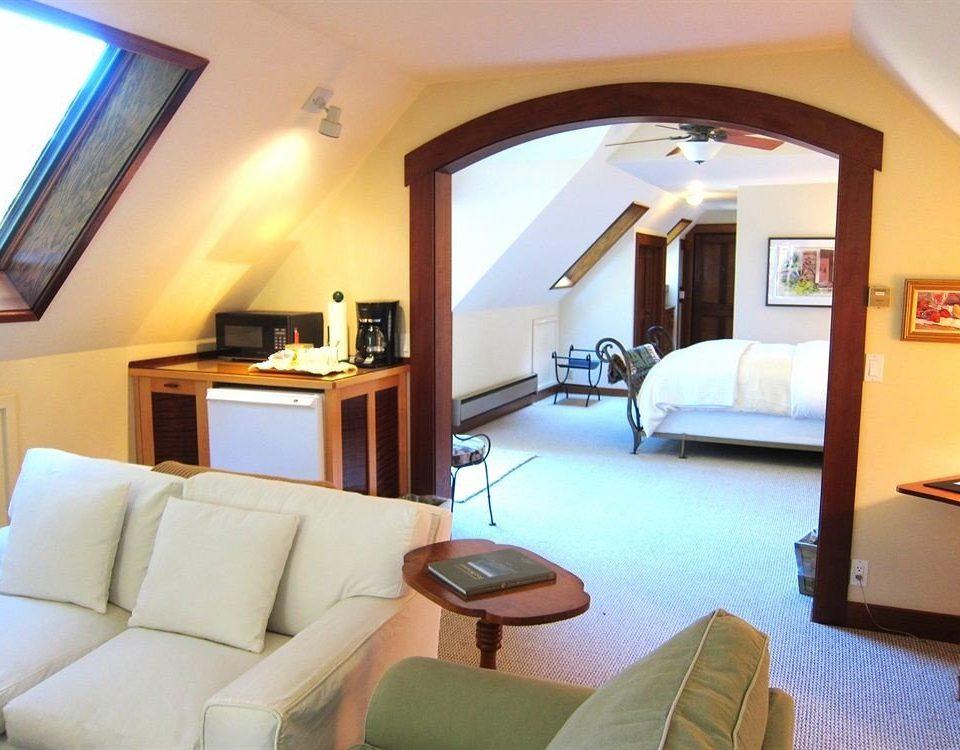sofa property Suite Villa living room condominium cottage Resort