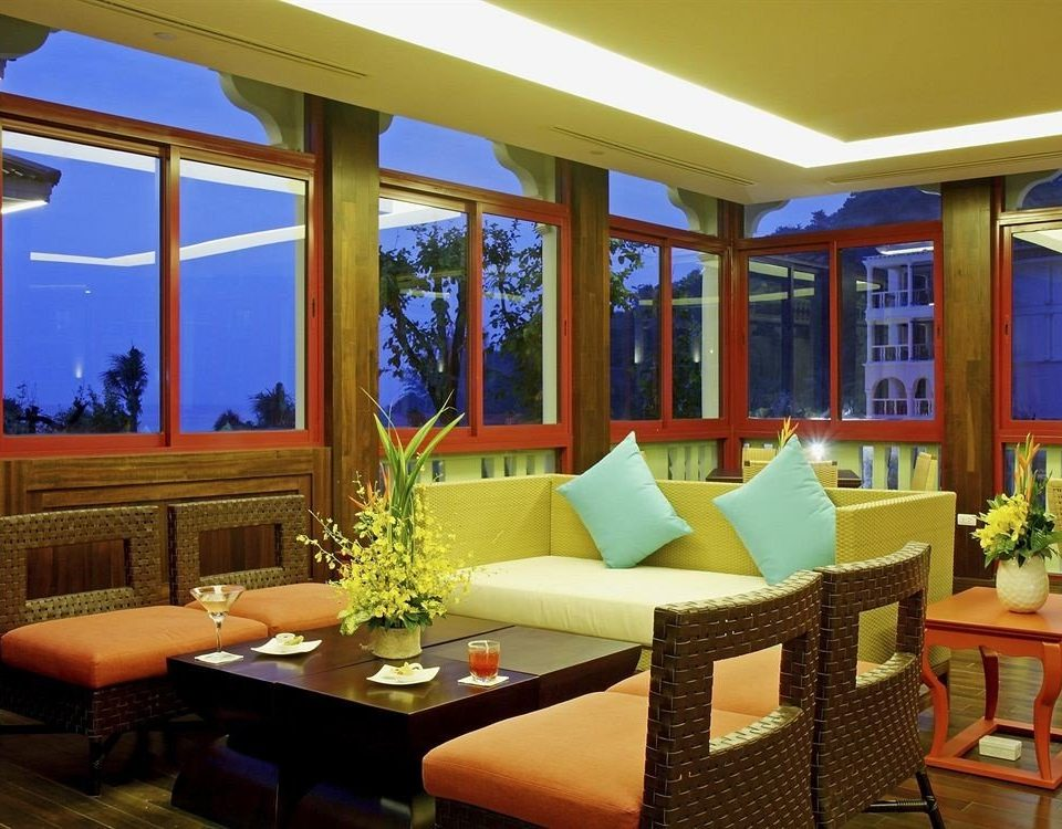 property Resort condominium Suite restaurant home living room Villa