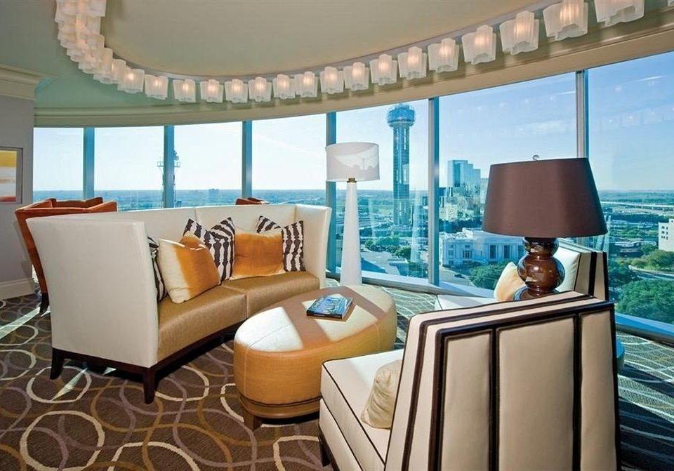 property Suite living room condominium home Villa Resort cottage mansion
