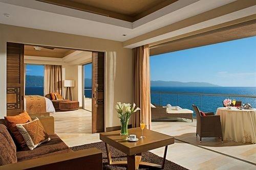 property Suite living room condominium Villa Resort home cottage overlooking
