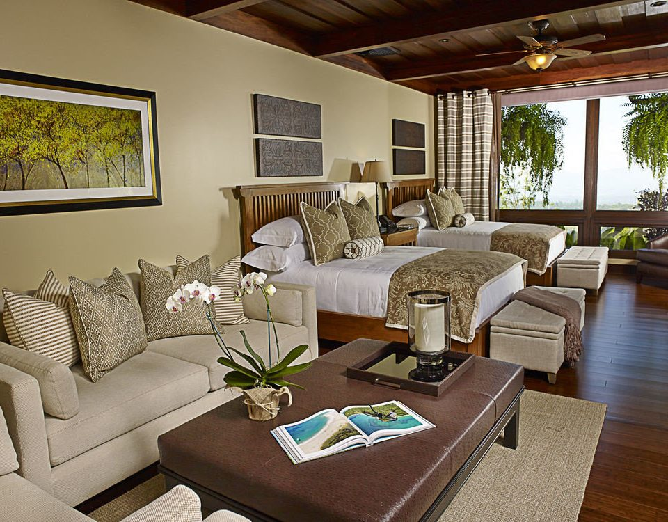 sofa living room property home Suite cottage condominium Villa Resort mansion