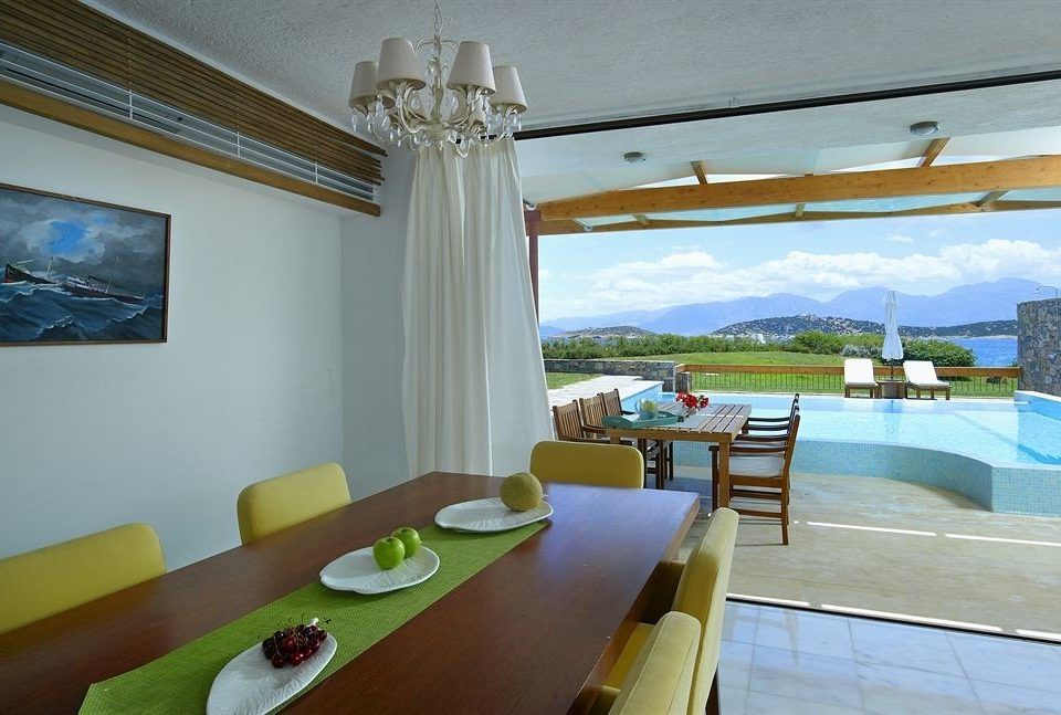 property Villa condominium Resort cottage swimming pool Suite