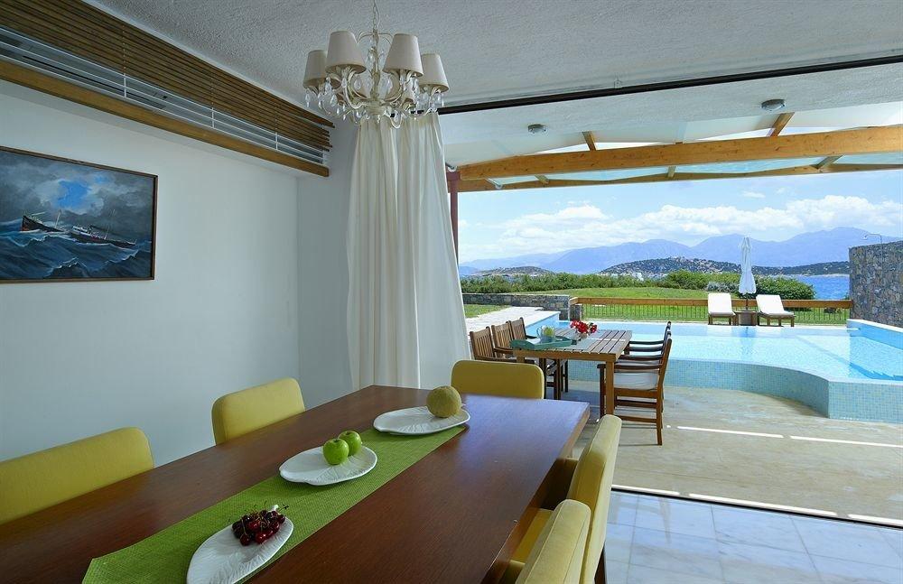 property Villa condominium Resort cottage swimming pool Suite
