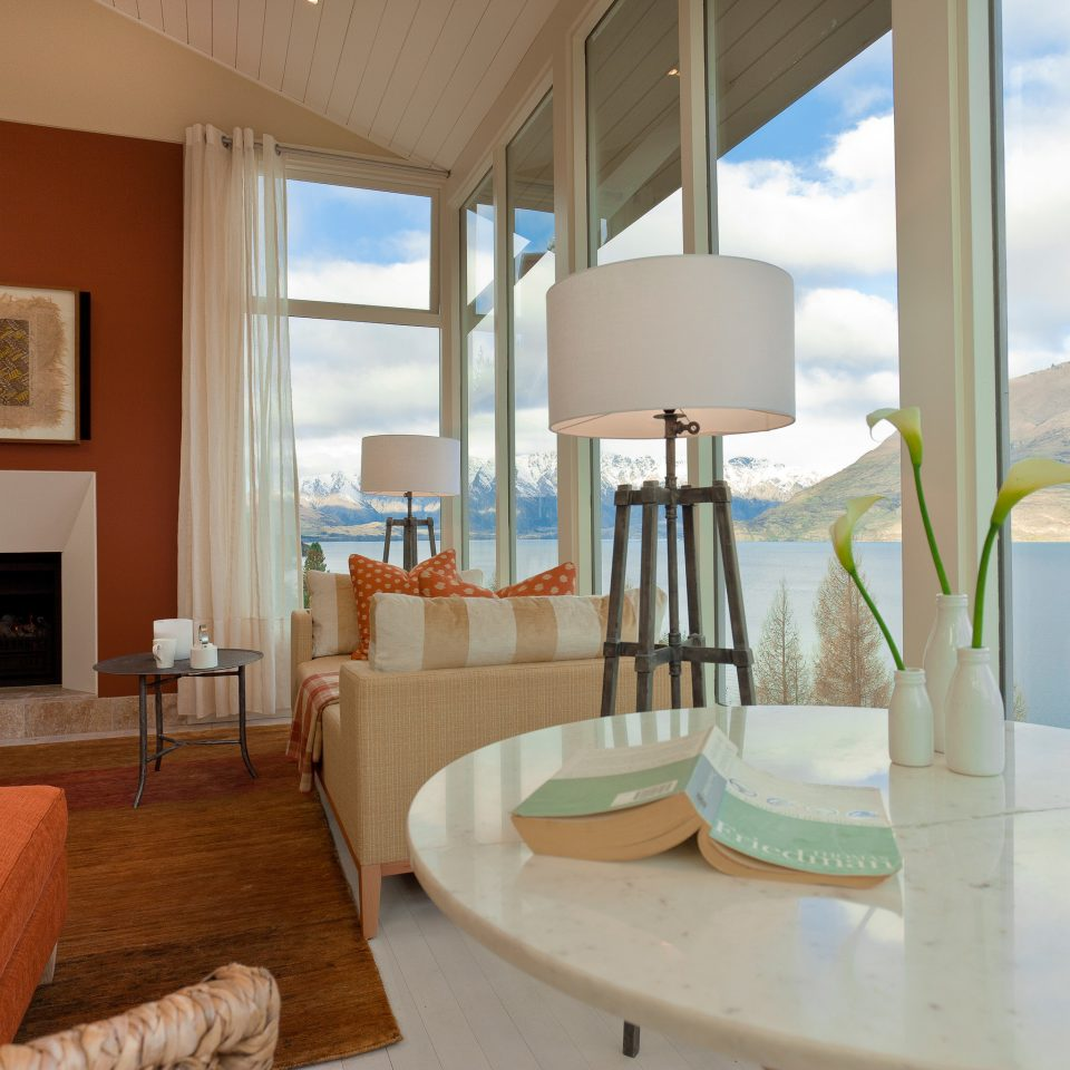 property home condominium Suite Resort Villa living room cottage mansion