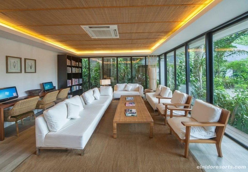 sofa property Resort condominium Villa living room Suite cottage