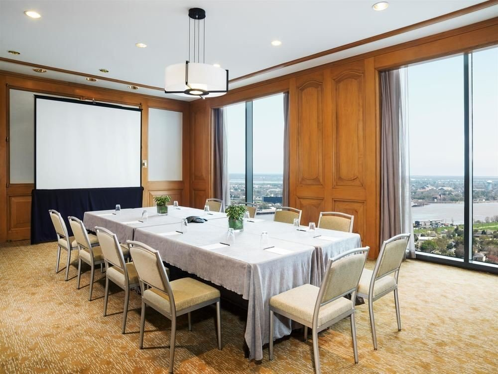 property Suite function hall conference hall restaurant Resort Villa dining table