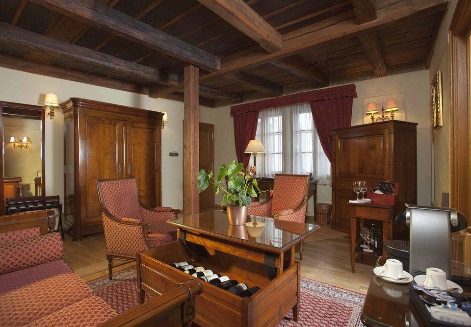 property Suite cottage living room home Villa mansion Resort farmhouse recreation room log cabin
