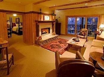 property living room recreation room cottage Suite Resort Villa