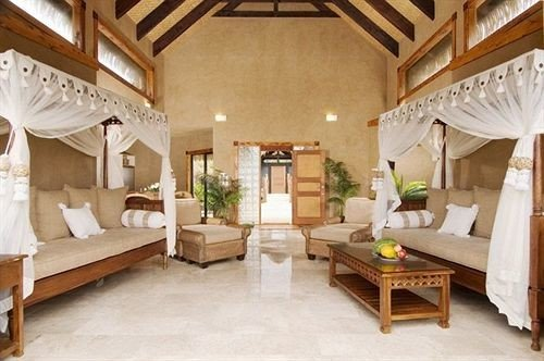 property Villa farmhouse cottage living room mansion Resort home hacienda Suite