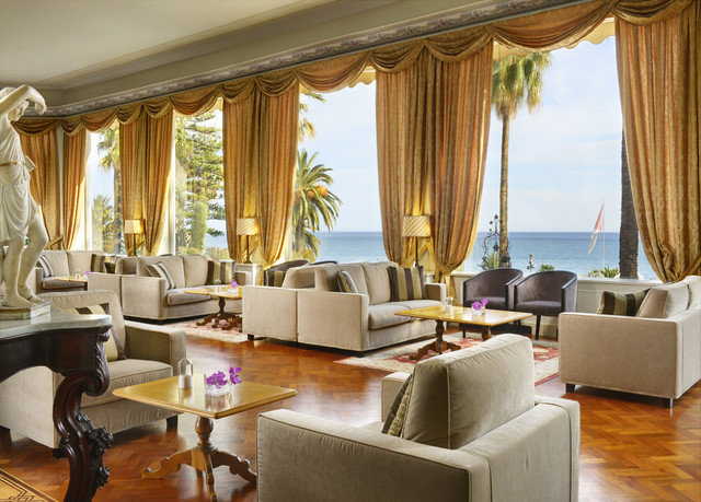 sofa property living room Resort Suite home Villa