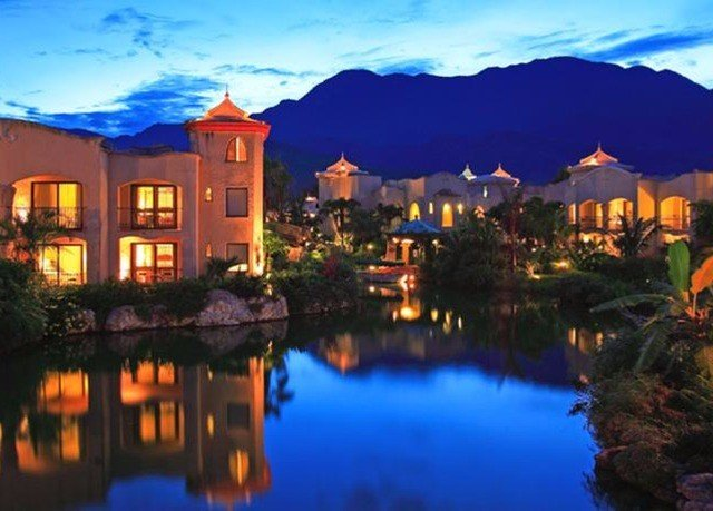 sky water Town property Resort evening resort town dusk Village mansion panorama surrounded Sunset