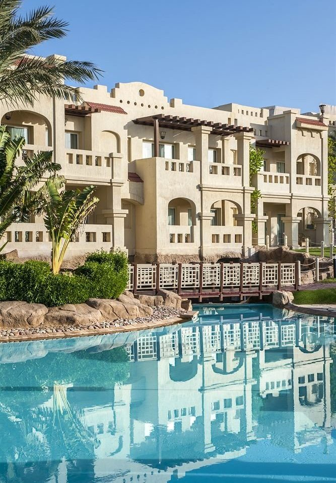 building property house Town swimming pool home condominium Resort residential area mansion Villa apartment building