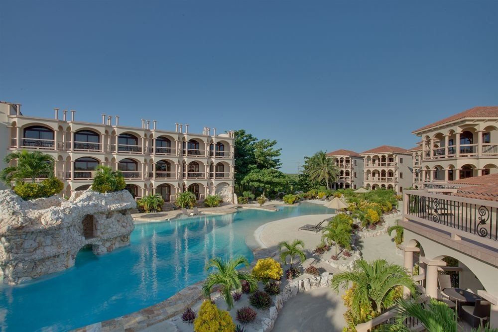 building property Town landmark Resort condominium palace swimming pool mansion Villa plaza waterway old colonnade