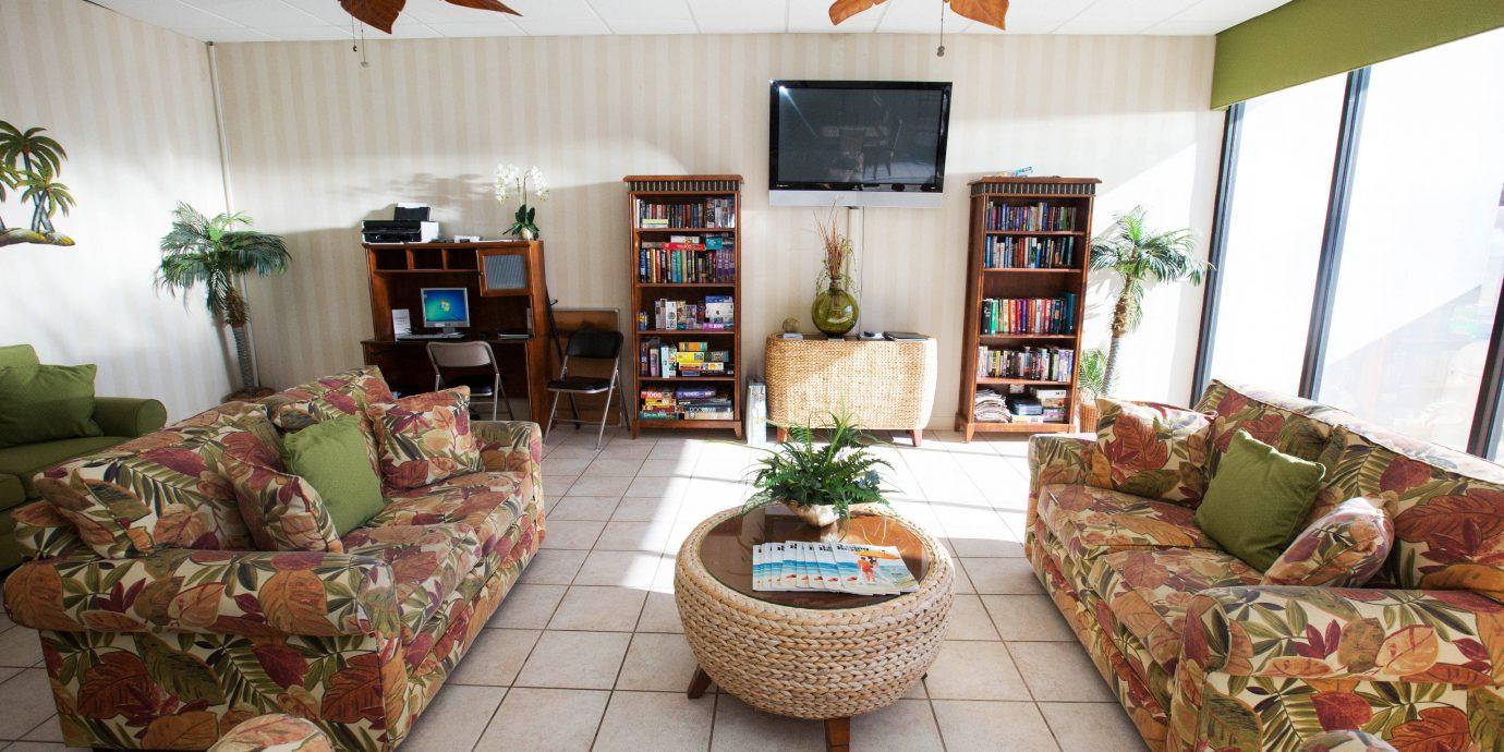 sofa property living room home cottage farmhouse Villa Resort arranged