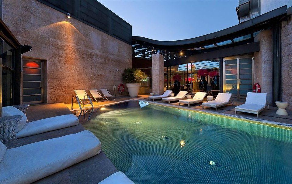 building swimming pool property leisure Resort Villa home mansion backyard condominium