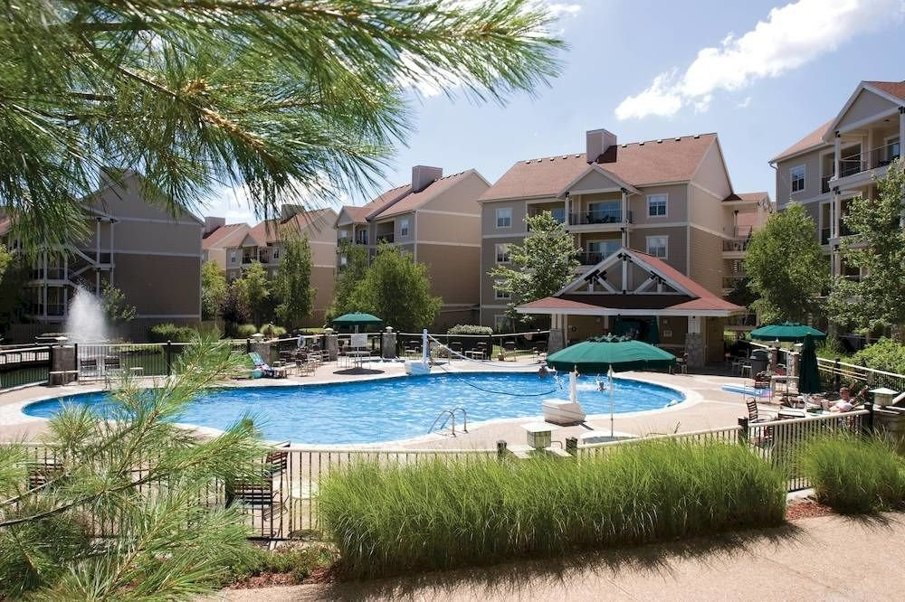 grass tree building house swimming pool property condominium Resort backyard lawn Villa home mansion