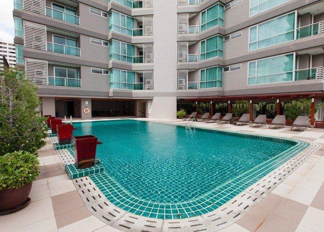 building condominium swimming pool property leisure green Resort reflecting pool mansion Villa backyard