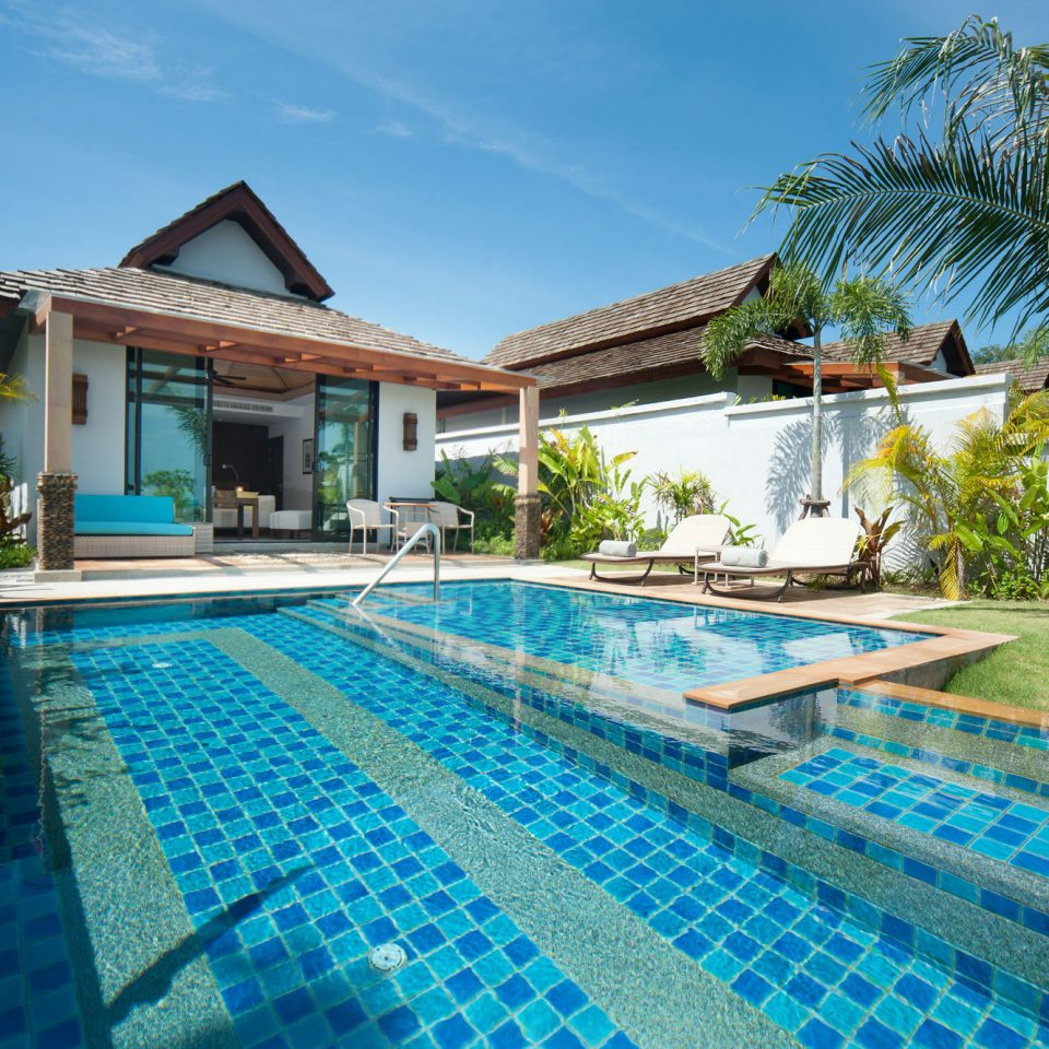 sky ground swimming pool house property Resort leisure building condominium Villa mansion backyard