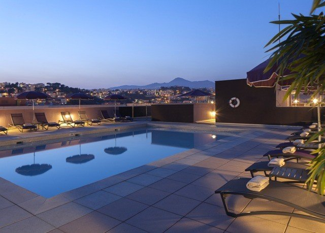 sky swimming pool property leisure Resort Villa condominium home mansion backyard