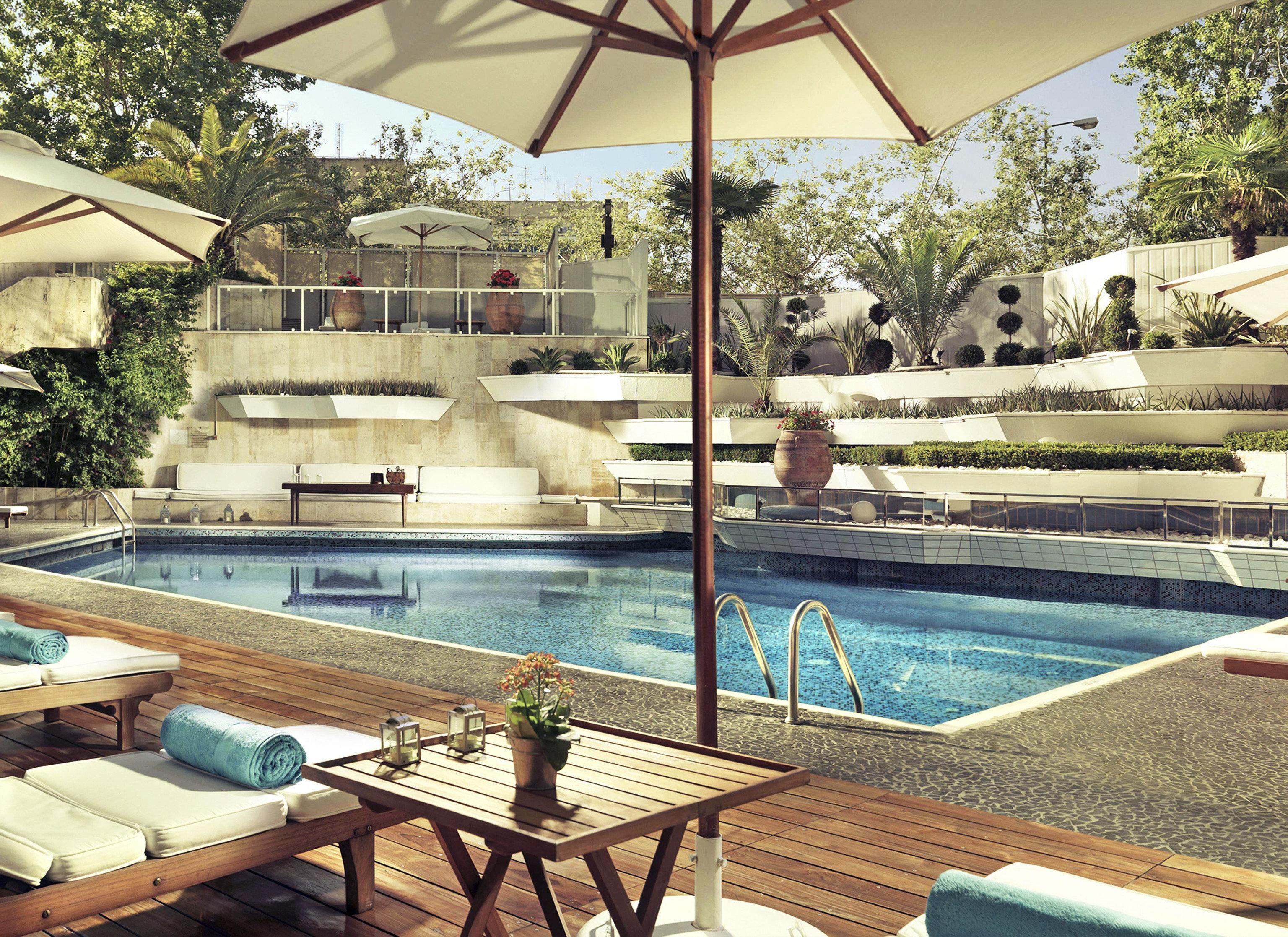 swimming pool leisure property Resort Villa backyard condominium home outdoor structure cottage