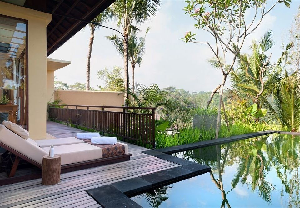 tree sky property swimming pool house home Villa backyard Resort cottage outdoor structure condominium