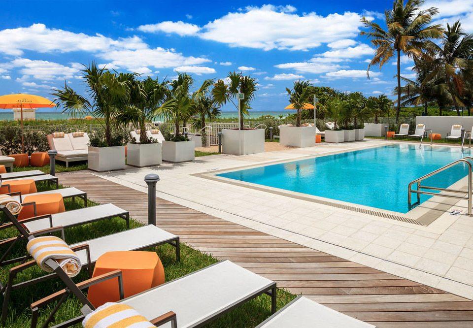 tree sky leisure swimming pool property Resort condominium Villa backyard lined