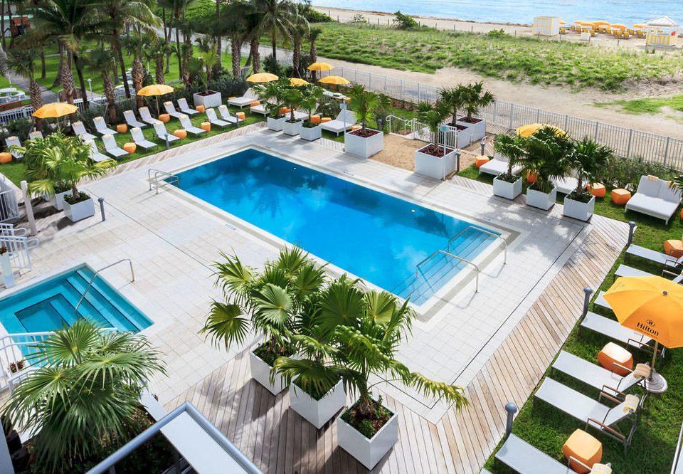 tree swimming pool property leisure Resort condominium Villa plant backyard home landscape architect mansion