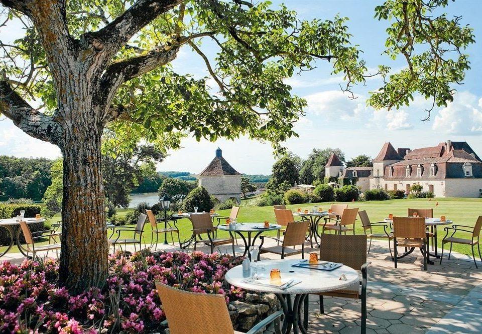 tree sky property Resort park backyard cottage Villa shade