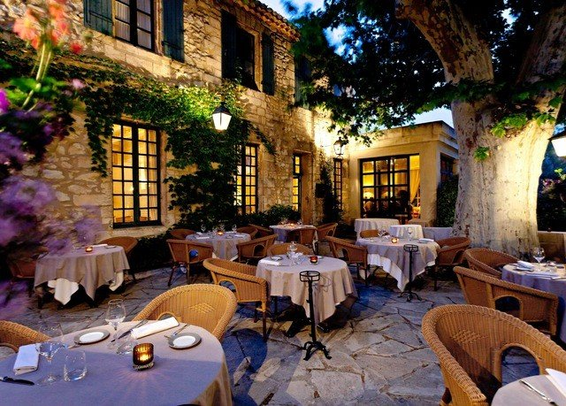 restaurant Resort home backyard cottage Villa