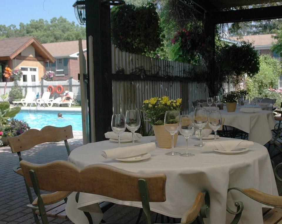 restaurant property Resort Villa backyard hacienda cottage dining table