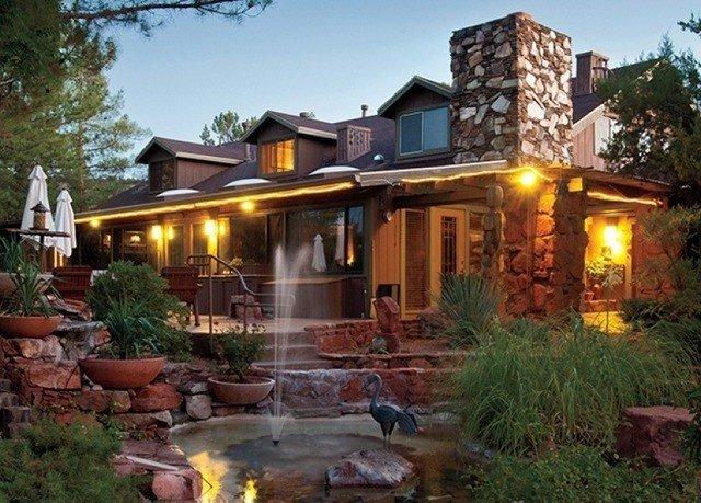 tree sky property house home backyard landscape lighting Villa cottage Resort mansion
