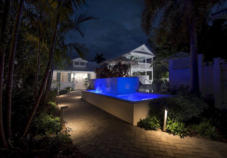 tree house night light backyard landscape lighting home lighting evening swimming pool screenshot Resort Villa