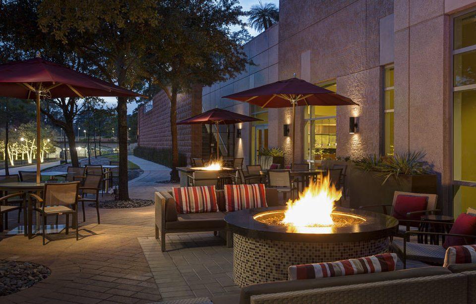 property Resort home lighting backyard Villa restaurant hacienda outdoor structure landscape lighting