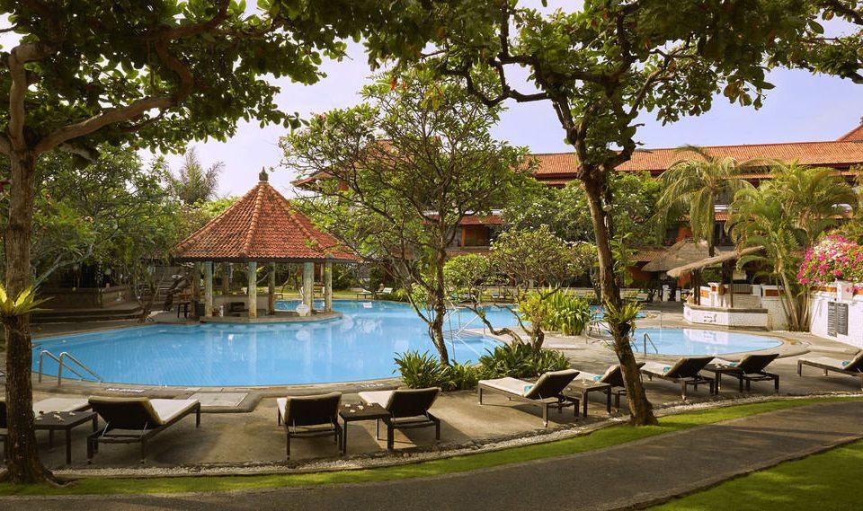 tree swimming pool property Resort backyard home Villa hacienda mansion lined