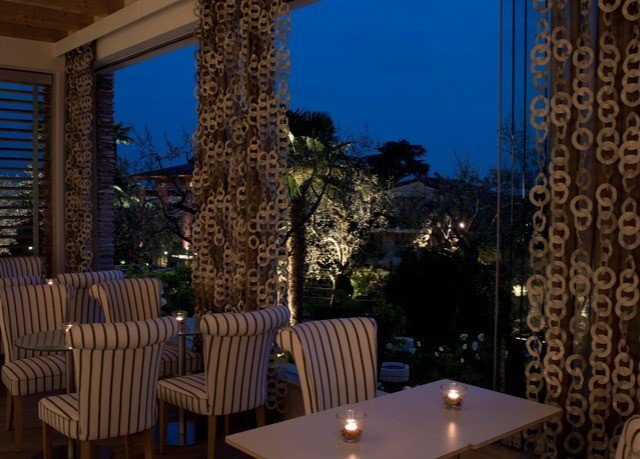 property Resort lighting home restaurant landscape lighting Villa mansion backyard