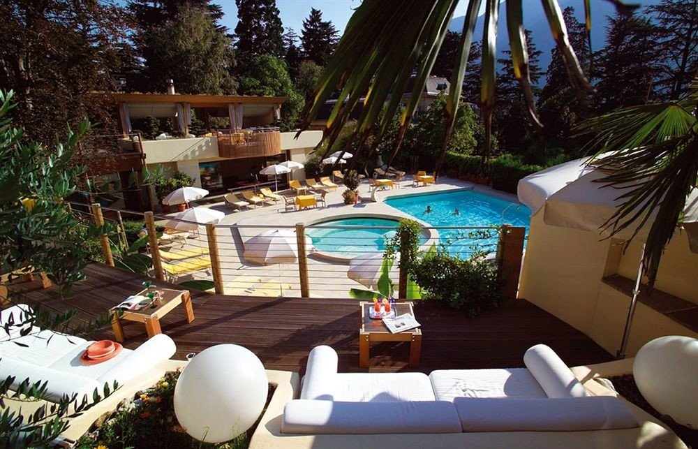 tree leisure property Resort swimming pool Villa home backyard