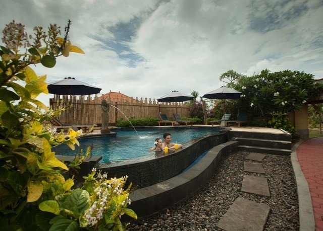 tree sky swimming pool property Villa Resort mansion backyard waterway