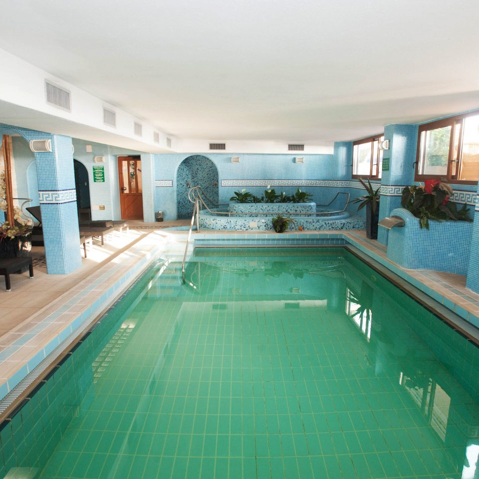 swimming pool property leisure billiard room recreation room leisure centre Resort green Villa mansion blue