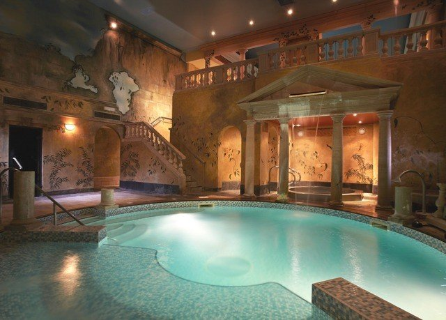 swimming pool property building mansion Resort hacienda thermae billiard room Villa