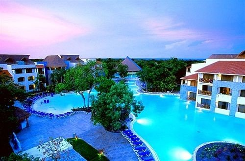 sky swimming pool property Resort leisure house caribbean condominium resort town Villa mansion blue