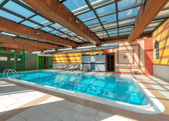 swimming pool leisure property leisure centre Resort blue condominium Villa roof