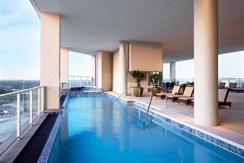 swimming pool property condominium Villa Resort blue leisure centre