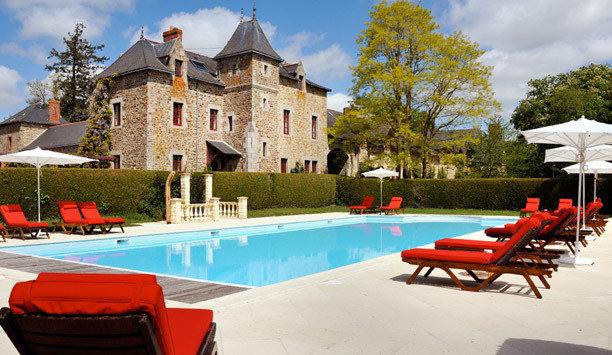sky tree property leisure chair swimming pool building Resort Villa home mansion hacienda house