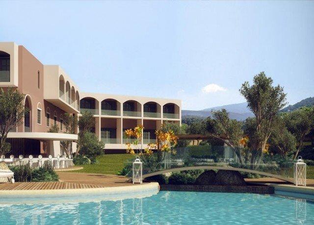sky building Resort property condominium swimming pool leisure reflecting pool plaza Villa mansion palace colonnade