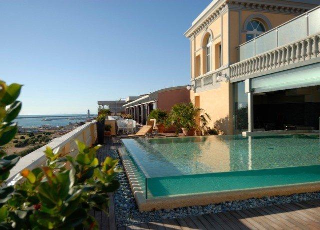 sky building property swimming pool condominium Resort leisure Villa mansion