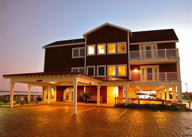 building sky property house home residential area Resort condominium Villa night sign
